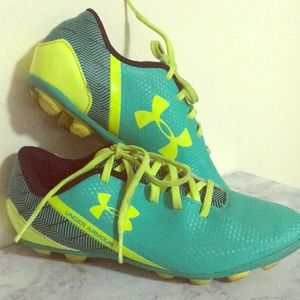Ground soccer cleats (unisex)